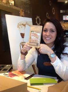 DIPINGERE CON IL CAFFE', LA NOSTRA INTERVISTA CON MARTINA LUPI