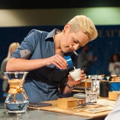 WE LOVE COFFEE – LA NOSTRA INTERVISTA A AGNIESZKA ROJEWSKA