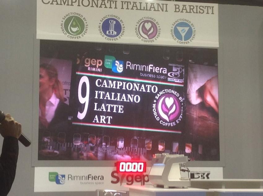 LATTE ART DA CAMPIONI, LE FOTO DELLA FINALISSIMA DEL CAMPIONATO ITALIANO 2015
