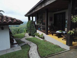 La nostra casa, sulle montagne dell'Honduras...