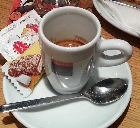 UN CAFFE' NEL REGNO DEI WAFER, LA NOSTRA RECENSIONE DELL'ESPRESSO LOAKER MOCCARIA