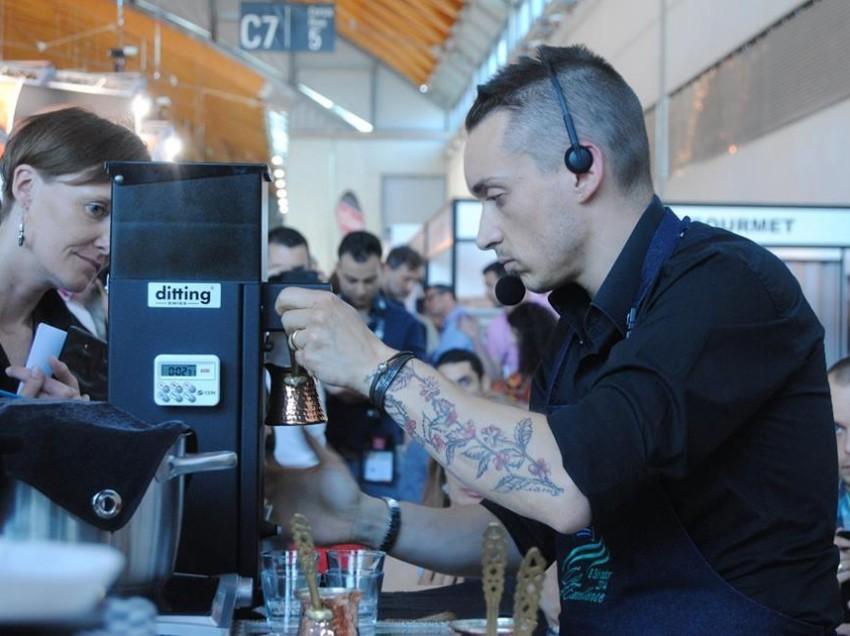 LA NOSTRA INTERVISTA A DAVIDE BERTI, 4° CLASSIFICATO AL CAMPIONATO MONDIALE DI CAFFE' ALLA TURCA (IBRIK)