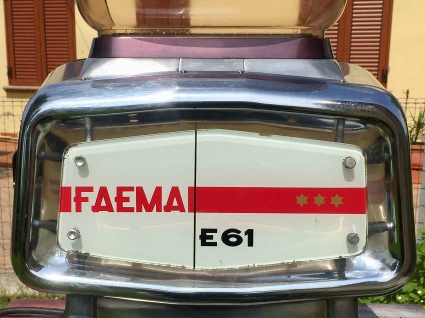 """VENDESI DUE MACCHINE PER ESPRESSO """"FAEMA E61"""" COMPLETAMENTE RESTAURATE"""
