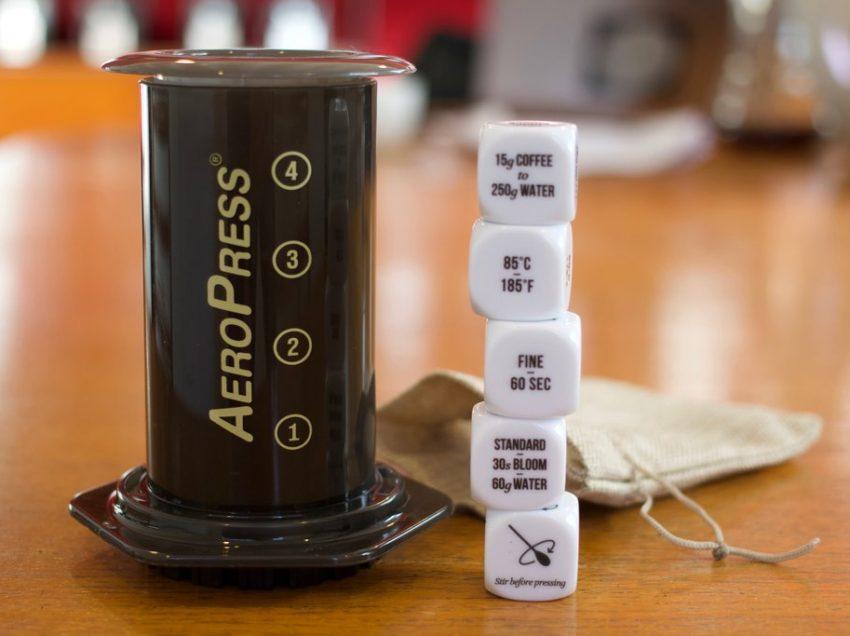 STANCO DEL SOLITO CAFFE'? PROVA I COFFEE BREWING DICE!