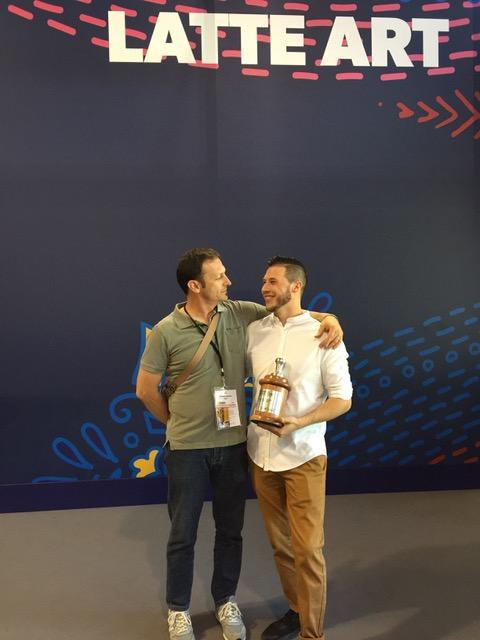 <em>Matteo con il suo coach Mariano Semino</em>