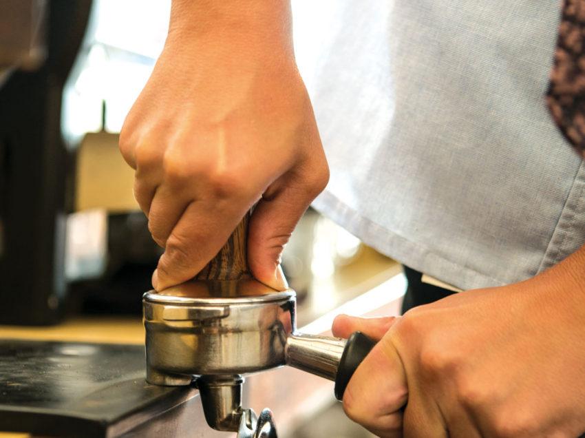 COME PRESSARE CORRETTAMENTE IL CAFFE' PER L'ESPRESSO