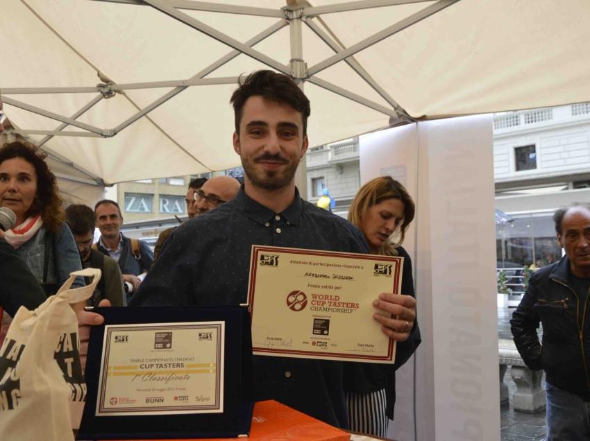 IL CAMPIONE ITALIANO CUP TASTING 2015 È… ALESSANDRO GHIZZARDI