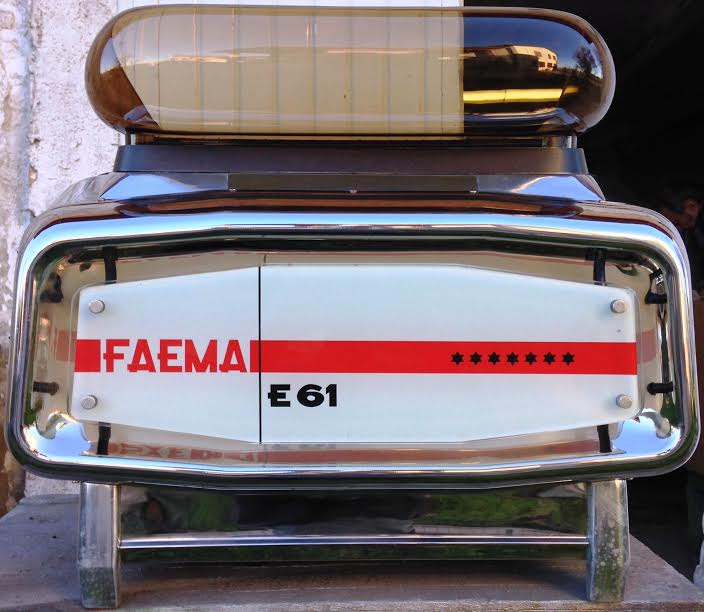 """VENDESI TRE MACCHINE PER ESPRESSO """"FAEMA E61"""" ORIGINALI"""