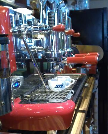 RECENSIONE DEL CAFFE' IZZO
