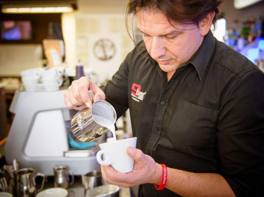 WE LOVE COFFEE – INTERVISTA AD ANDREA LATTUADA