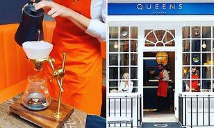 A LONDRA, UNA TAZZA DI CAFFE' DA 50 STERLINE