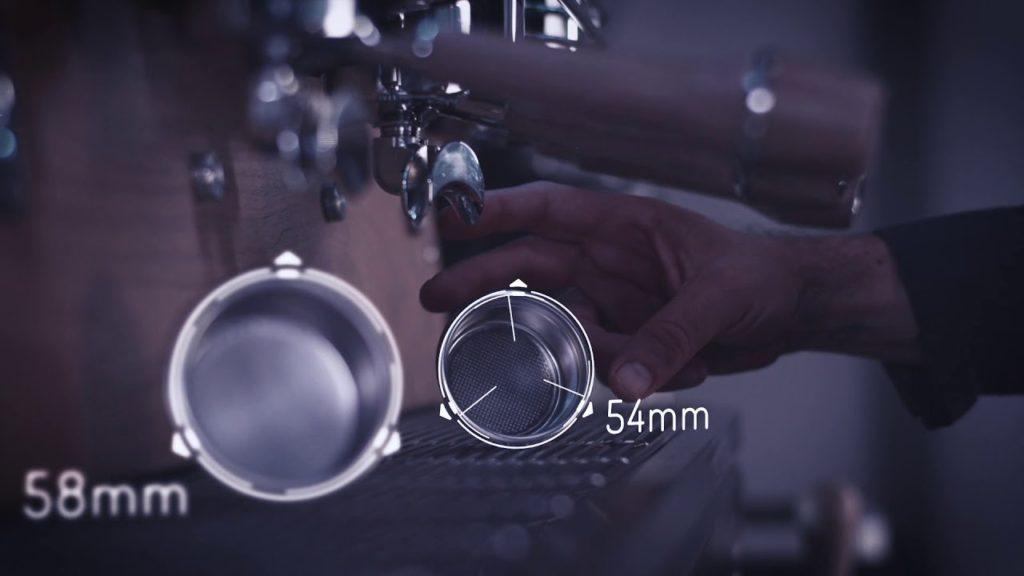 54,5 mm vs 58 mm