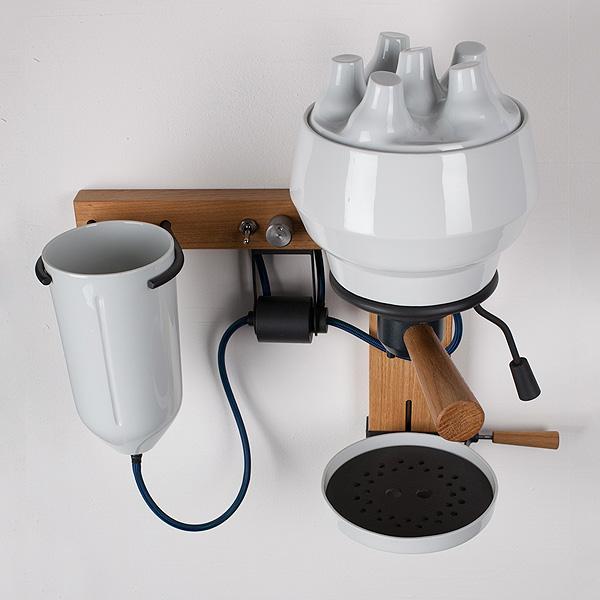 una macchina per caffè di alto design