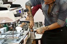 Pressatura del caffè